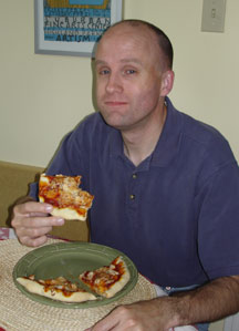Pete_eating_pizza